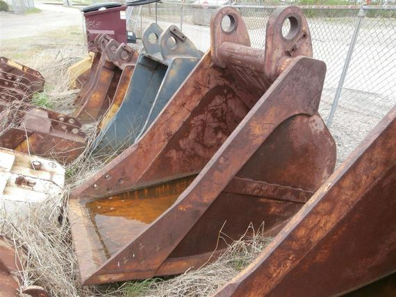 Hensley 2 1/2 yd Large Backhoe Bucket