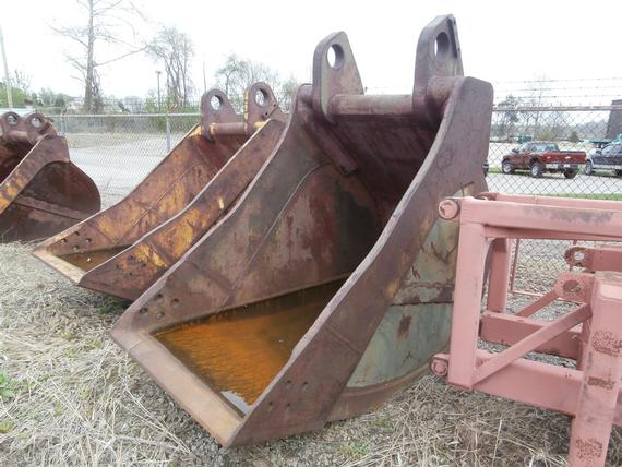 Hensley 3 1/4 yd Large Backhoe Bucket