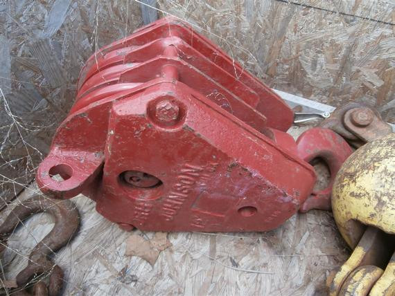 Johnson 15 Ton 3 Sheave Hook Block