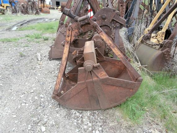Kiesler 1/4 Yd Clamshell Digging Bucket