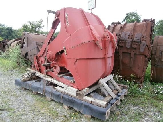 Anvil 2 Yd Clamshell Digging Bucket