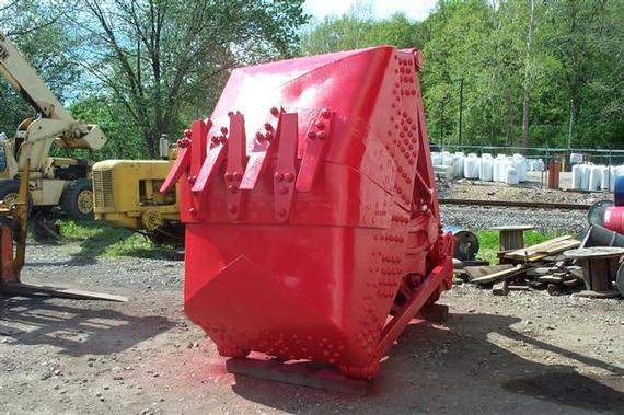 Blaw-Knox 2 3/4 yd Clamshell Digging Bucket