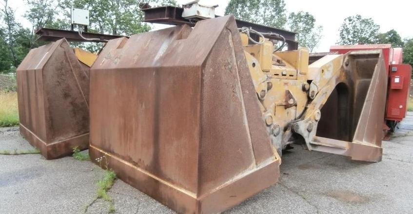 18 Yd Rozzi Electric Hydraulic Clamshell Buckets Now Available